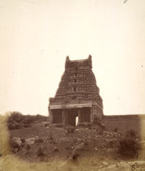Entrance gopura of the Malavanti Raghunatha Temple, Vijayanagara 1378